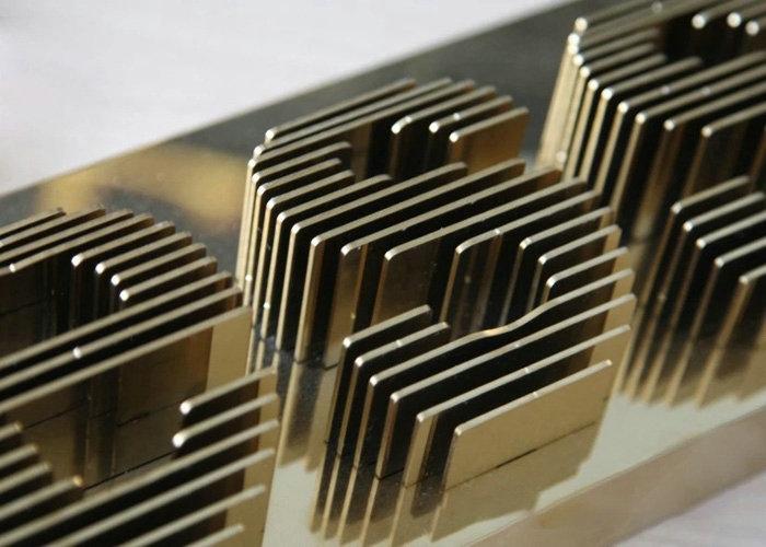 kim loại- kiến trúc treo
